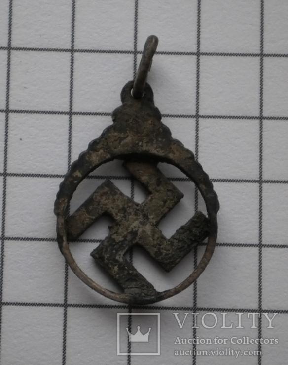 Немецкий кулон со свастикой, фото №3