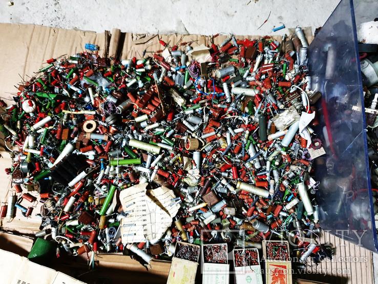 Мега лот более 30 кг Конденсаторов Транзисторов Резисторов Плат Колонок, фото №5