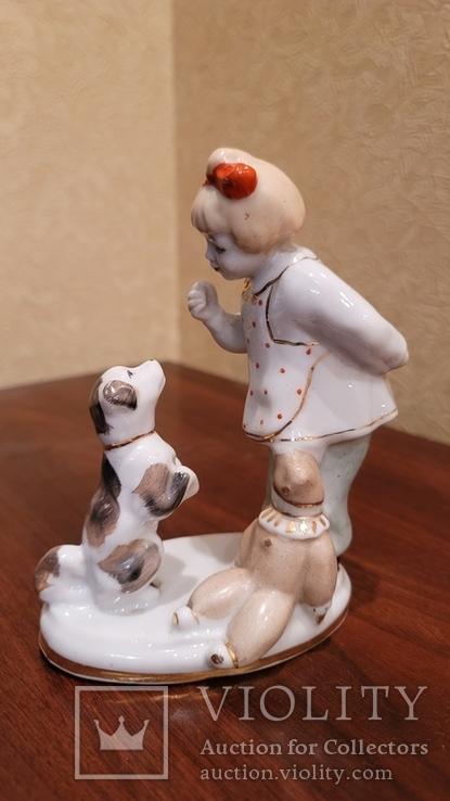 Дівчинка з песиком та лялькою, фото №2