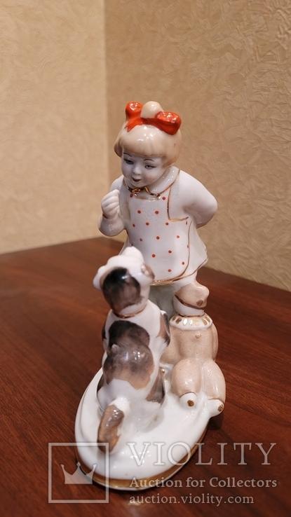Дівчинка з песиком та лялькою, фото №3