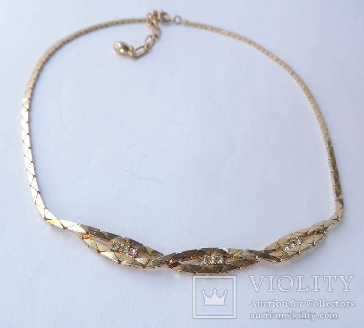 Колье-цепочка золотого цвета с белыми кристаллами. США. 60-е гг., фото №2