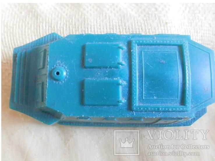 Машина-амфибия, нужна реставрация, фото №2