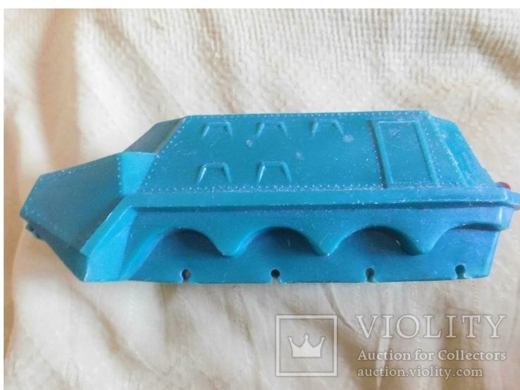 Машина-амфибия, нужна реставрация, фото №3