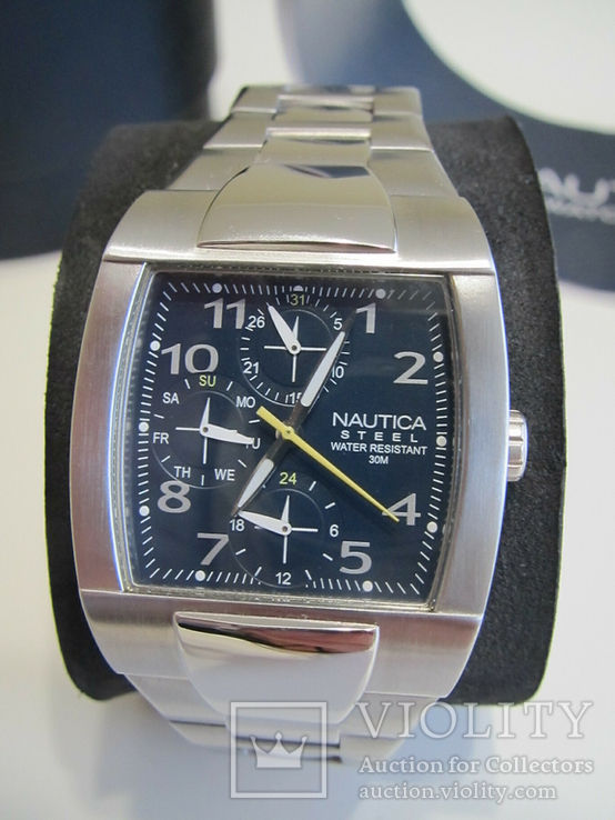 Часы Nautica, WR30