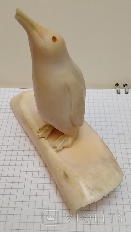 Скульптура из зуба кашалота