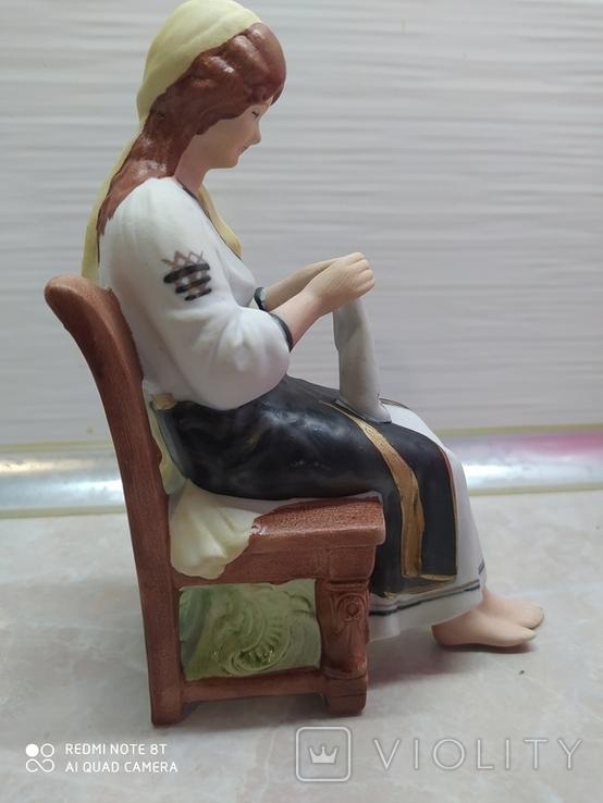 Статуэтка Девочка Рукадельница, фото №3