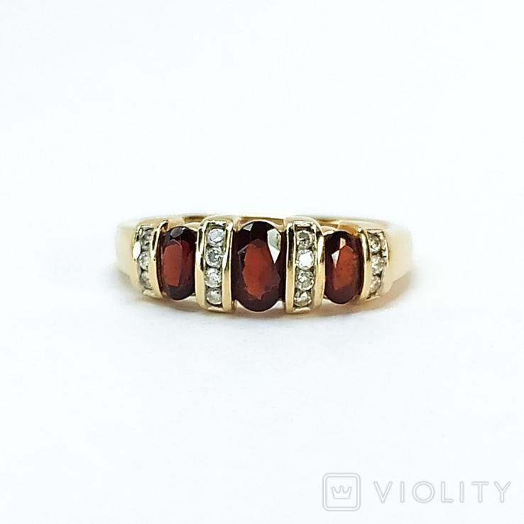Винтажное золотое кольцо с натуральными гранатами и бриллиантами