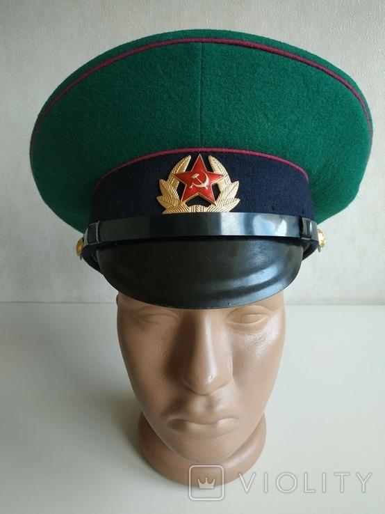 Фуражка пограничника ПВ КГБ СССР малиновый кант 1977 г, фото №2
