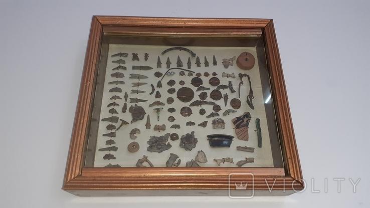 Фибулы, монеты, дельфинчики, наконечники стрел
