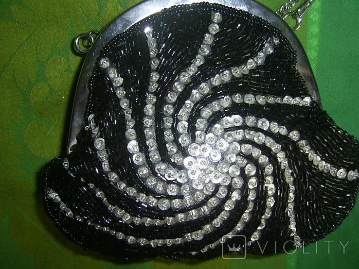 Сумочка  расшитая стеклярусом и пайетками, фото №3