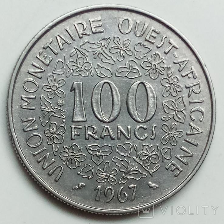 100 франков 1967 г. Западная Африка, фото №3