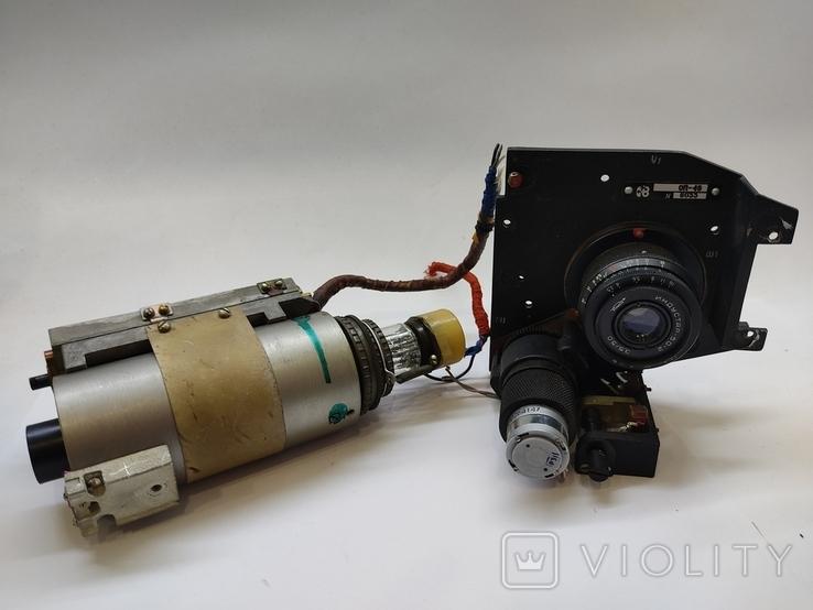 Объектив Индустар 50 2 с видеокамерой от камеры видеонаблюдения времён СССР, фото №2