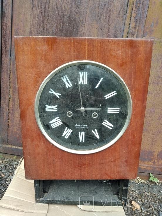 Настенные часы Янтарь с боем СССР