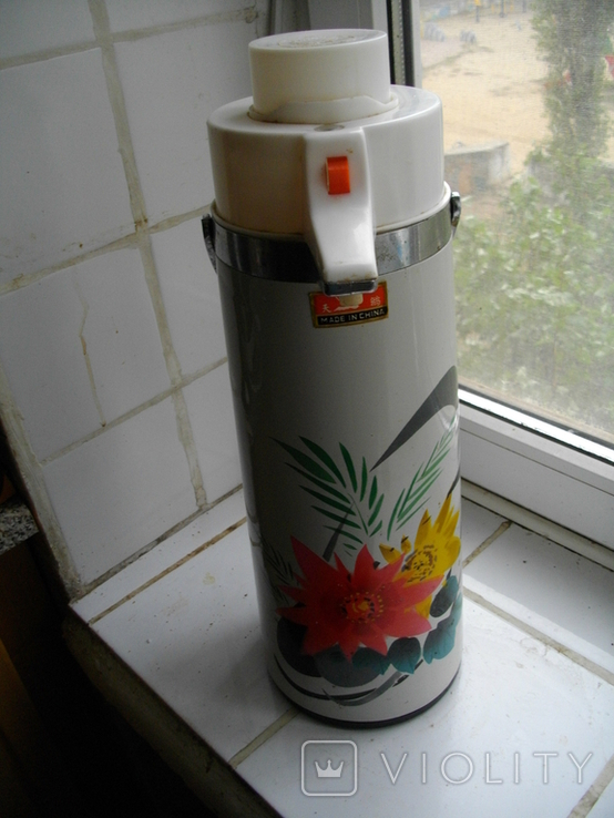 2-х литровый китайский термос с клавишным механизмом подачи воды, фото №3