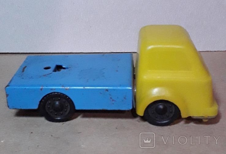 Машинка грузовая длина 13,5 см. СССР, фото №2