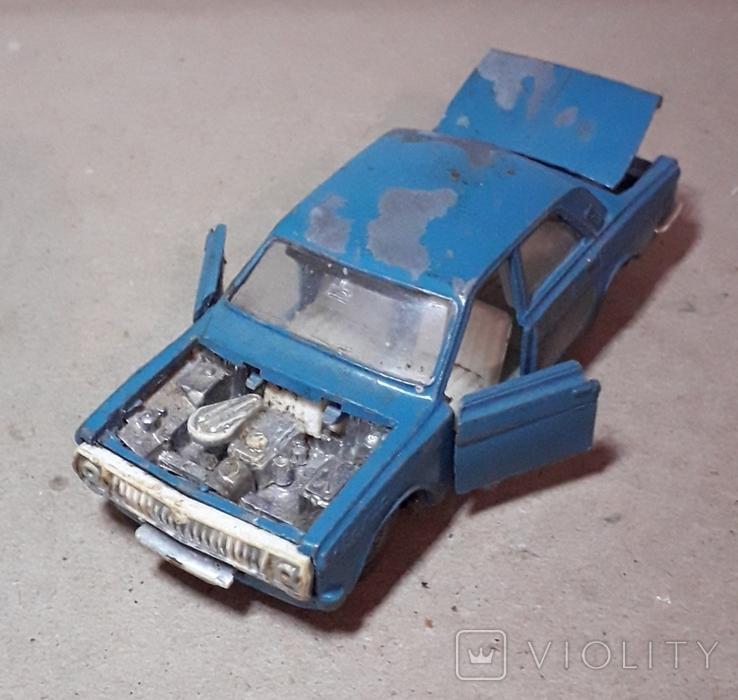 Модель машины Волга М24-01 СССР на реставрацию, фото №2
