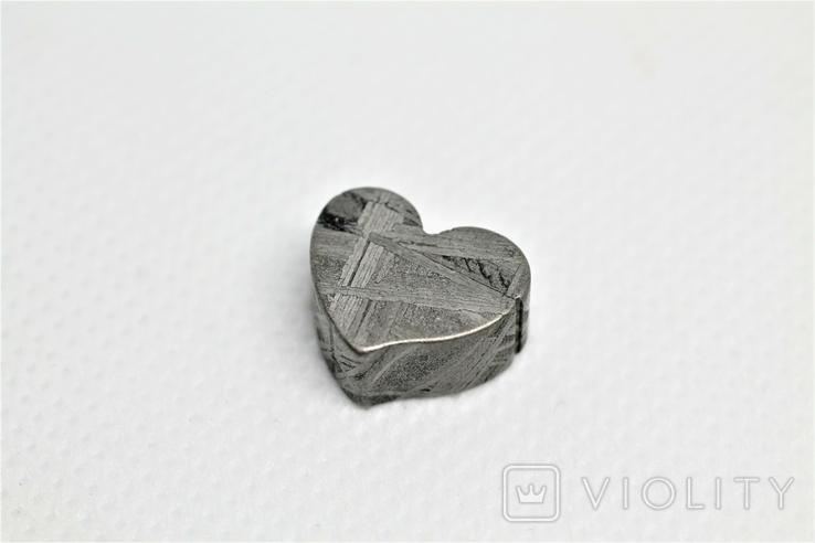 Залізній метеорит Muonionalusta, форма серця, 5,6 грам, сертифікат автентичності, фото №2