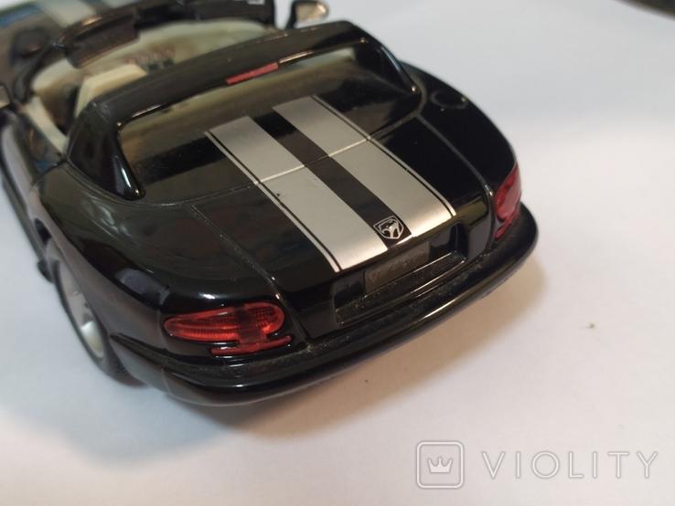 Модель Dodge Viper Bburago 1:24, фото №8