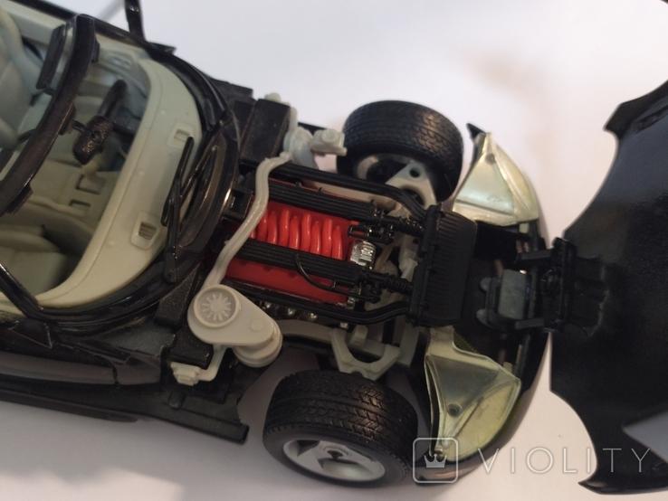 Модель Dodge Viper Bburago 1:24, фото №9