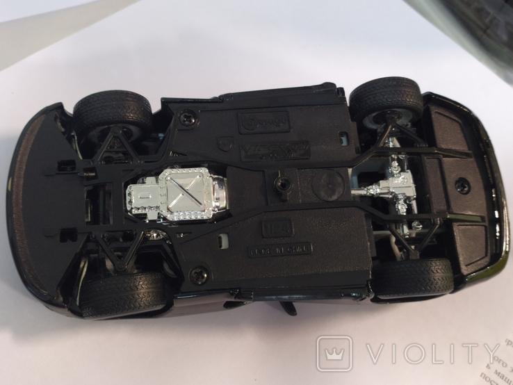 Модель Dodge Viper Bburago 1:24, фото №11