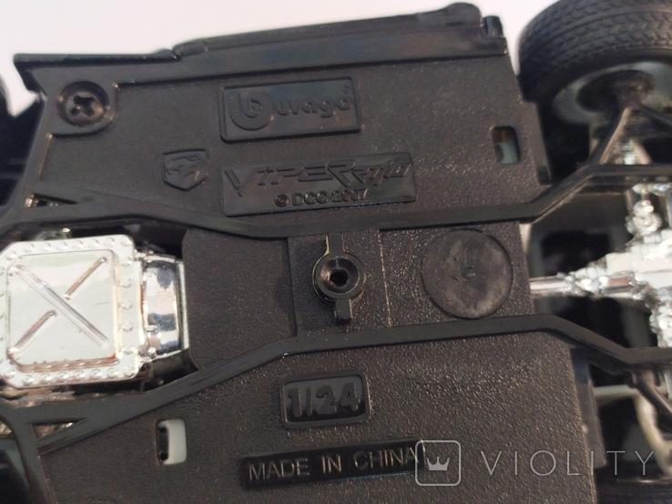 Модель Dodge Viper Bburago 1:24, фото №13