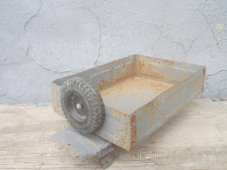 Кузов от старого авто, фото №3