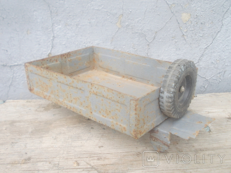 Кузов от старого авто, фото №5