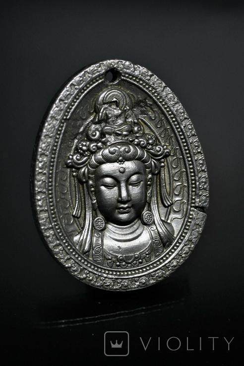 """Кулон """"Гуаньїнь"""" із залізного метеорита Aletai, 40,6 грам, із сертифікатом автентичності, фото №2"""