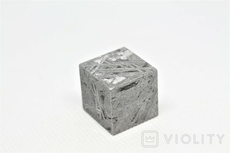 Куб із залізного метеорита Aletai, 60,6 грам, із сертифікатом автентичності, фото №2