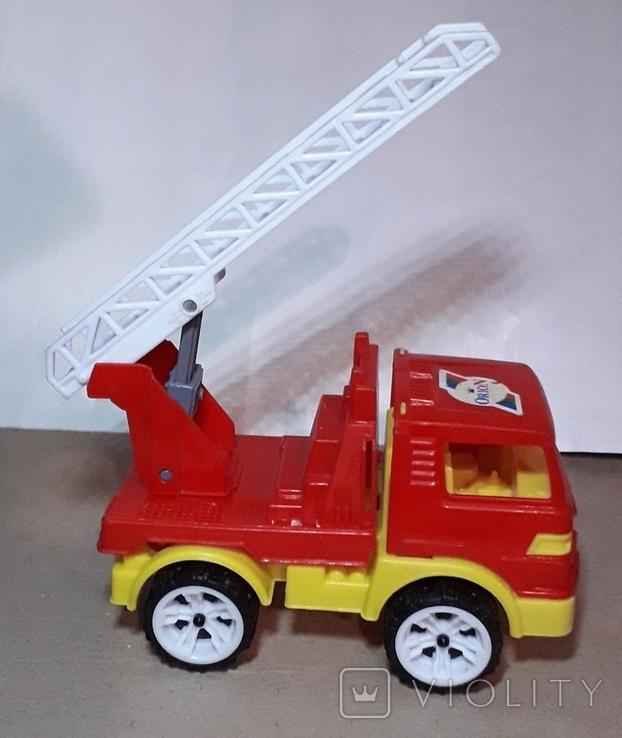 Пожарнвя машина ORION с лестницей длина 16,5 см., фото №2