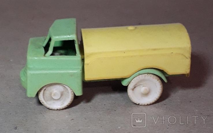 Машинка цистерна из СССР, фото №2