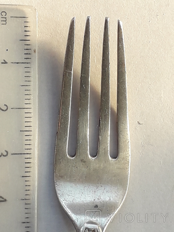Фуршетная вилка, серебро, ~16 грамм, Великобритания, 1910 год, фото №4