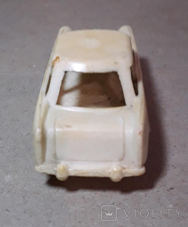 Машинка из прошлого 50-60-х годов СССР ПОЛТАВА Москвич (колкий пластик,клеймо), фото №9
