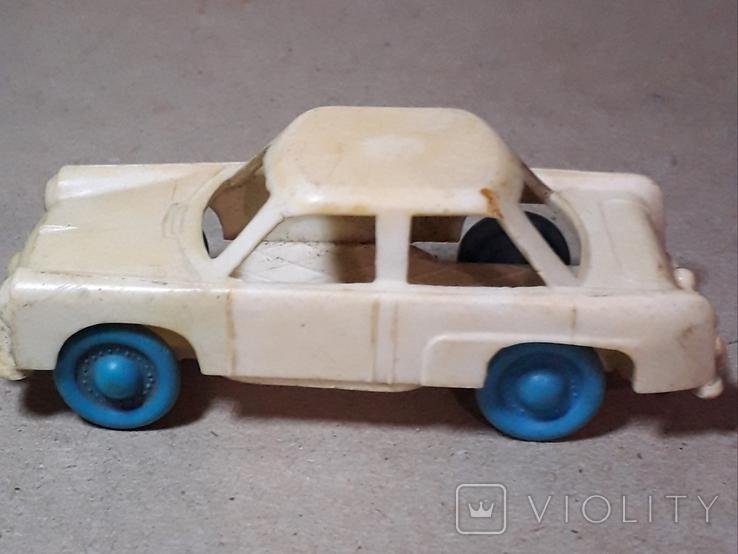 Машинка из прошлого 50-60-х годов СССР ПОЛТАВА Москвич (колкий пластик,клеймо), фото №2
