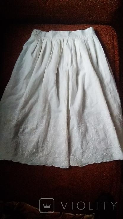 Юбка с белой вышивкой, фото №2