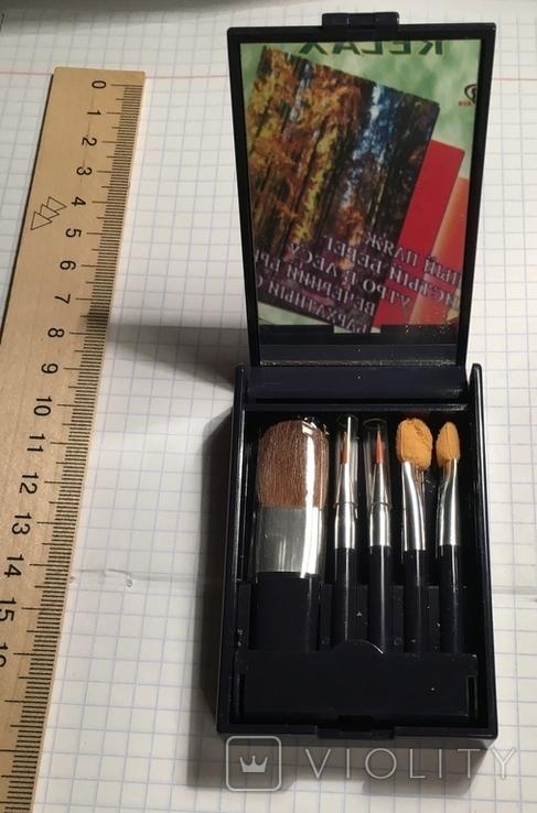 Avon: набор кисточек для макияжа, фото №2
