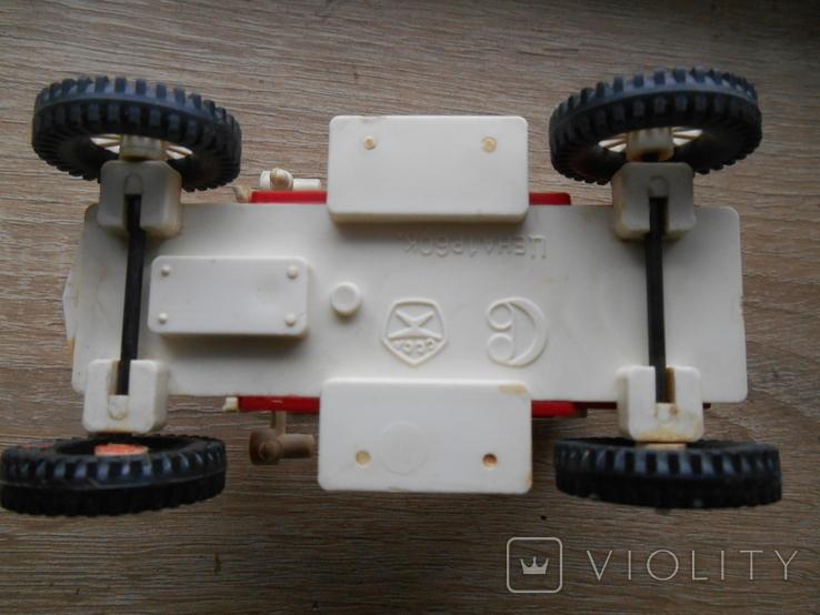 Легковой автомобиль-кабриолет, фото №5