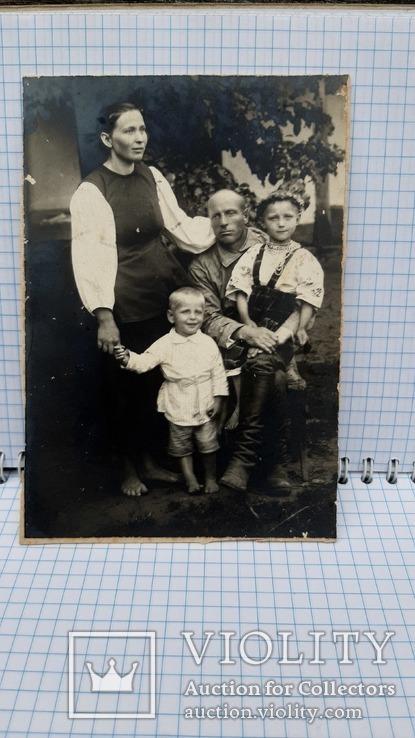 Фотография: Семейное фото 1925 года.Украина, фото №4
