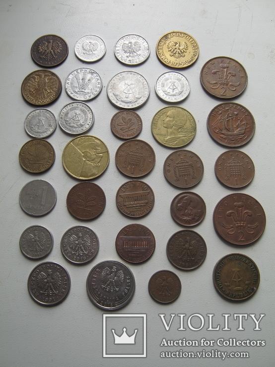 Разные монеты мира 32 шт., фото №3