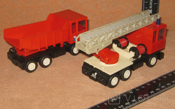 Bison turbo №2.  Две машинки ГДР., фото №3