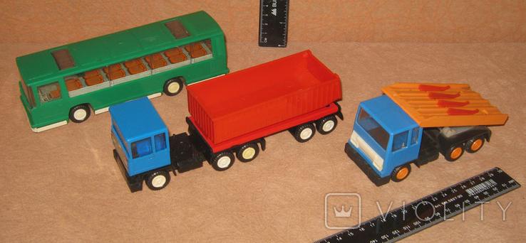 Bison turbo №4.  Три машинки ГДР., фото №2