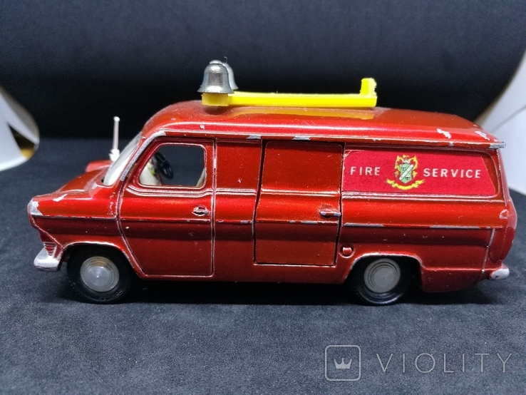 Dinky Toys No.407 Ford Transit Mk1, фото №4