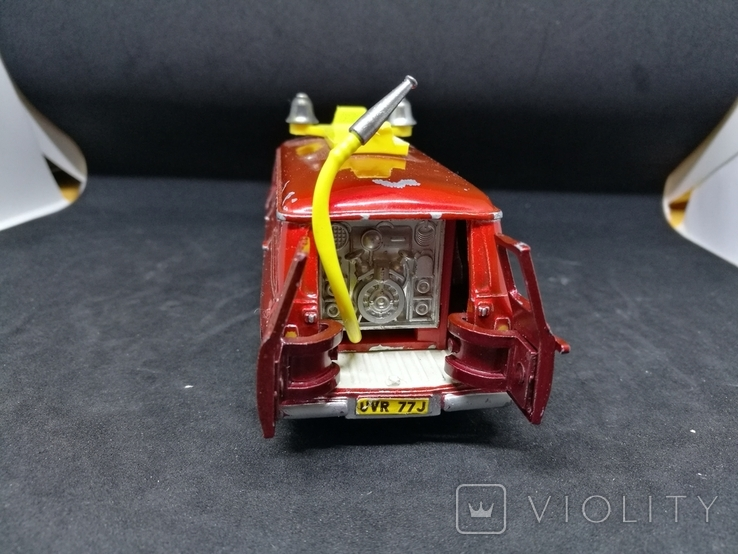 Dinky Toys No.407 Ford Transit Mk1, фото №6