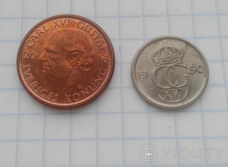 Швеция 1 крона 2016 года, 10 эре 1990 года, фото №2