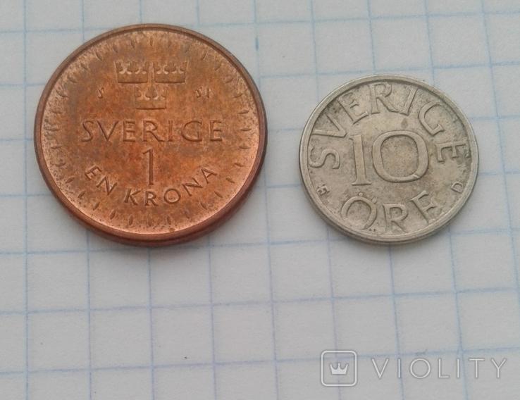 Швеция 1 крона 2016 года, 10 эре 1990 года, фото №3