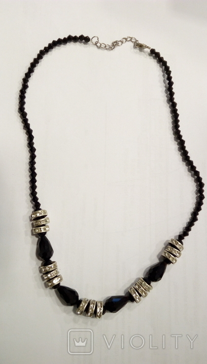 Ожерелье подсеребро подсваровски+черные бусины