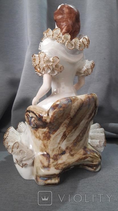 Дама с букетом. №1 Atelier Romania, фото №4