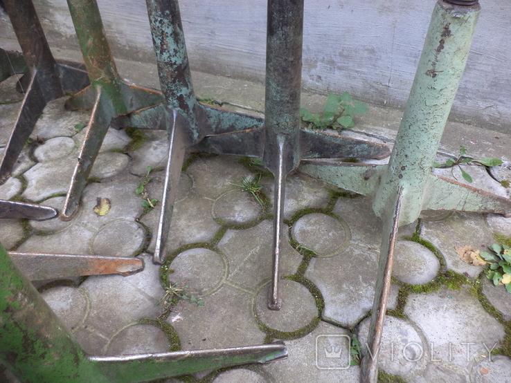 Стільчики виробничі чугунні 12 шт, фото №4
