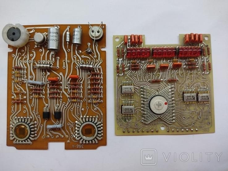 Платы с микросхемами и другими радиодеталями, фото №2