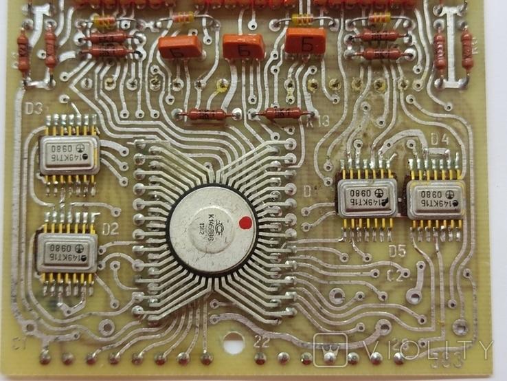 Платы с микросхемами и другими радиодеталями, фото №5